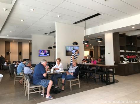 DESAYUNO HOTEL HYATT PLACE ORLANDO LAKE BUENA VISTA
