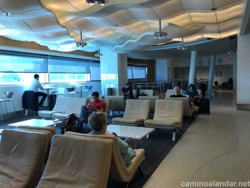 SALON VIP DELTA AIRLINES MIAMI